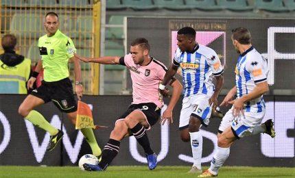 Palermo asfalta il Pescara, 3-0 e in testa alla classifica