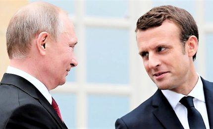 Caso Navalny, alta tensione tra Macron e Putin