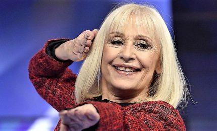 Il ritorno discografico di Raffaella Carrà, sotto l'albero il nuovo album