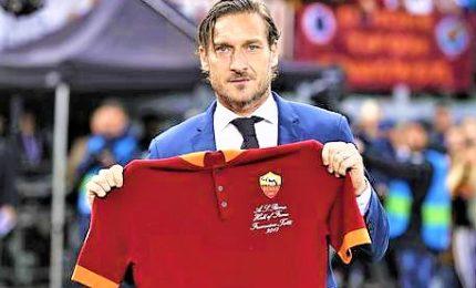 Olimpico celebra Totti nella 'Hall of Fame' Roma