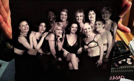12 donne a nudo in un calendario: ricostruire il seno si può