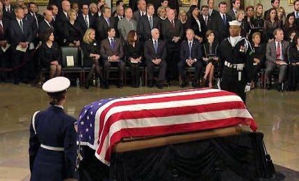 Omaggio a George H.W. Bush, la salma a Washington