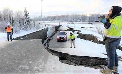 Forte sisma in Alaska: scossa di magnitudo 7. Nessuna vittima