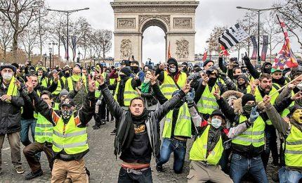 Gilet gialli, scesi in piazza 41.500 manifestanti