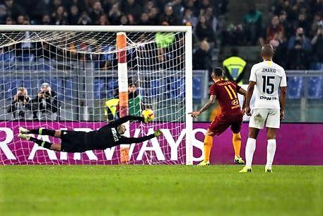 Milan in zona Champions, Roma-Inter pari show