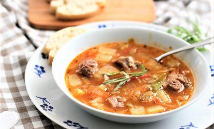 Arriva a tavola il kjötsúpa, la zuppa di agnello islandese