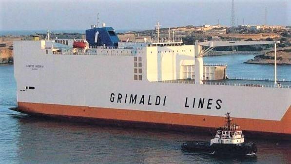 Forze speciali Gb liberano nave cargo italiana dirottata dai migranti