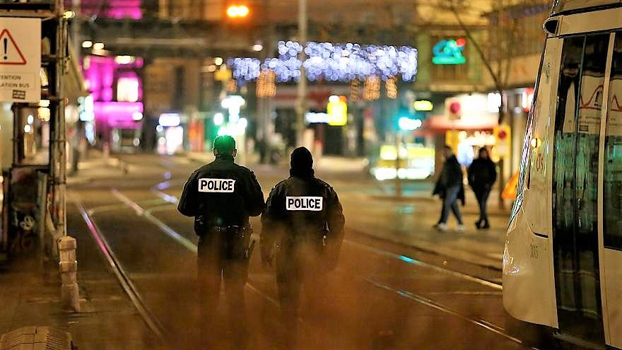 Sparatoria a Strasburgo, si indaga per terrorismo