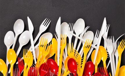 Addio piatti plastica e cotton fioc, accordo Consiglio-Europarlamento