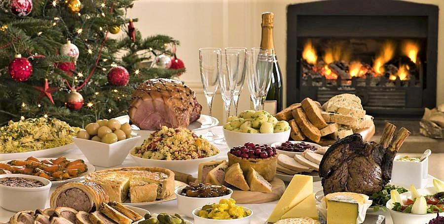 Cenoni e pranzi in famiglia, i segreti per non ingrassare durante le feste