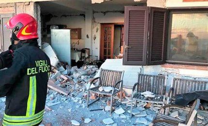 Terremoto magnitudo 4.8 nel Catanese, 28 feriti. L'esperto: non si escludono altre scosse