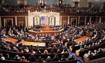 Iran, Camera Usa approva limiti poteri guerra di Trump