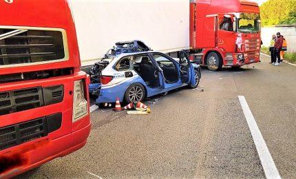 Incidente sulla A18, tre morti tra cui un agente della polstrada