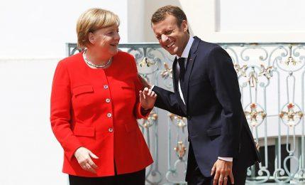 Macron e Merkel contro la minaccia dei nazionalismi. I due leader contestati a Aquisgrana