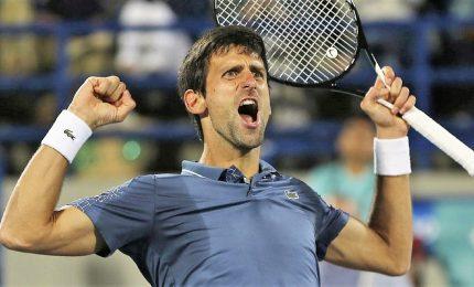 """Covid-19, Djokovic: """"Sono positivo, rimarrò in quarantena due settimane"""""""