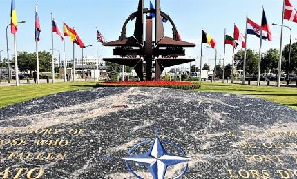 """Gli Usa fuori dalla Nato, il """"pallino"""" di Trump e che fa tremare la sicurezza nazionale"""