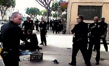 Sparatoria in un bowling di Los Angeles, 3 morti