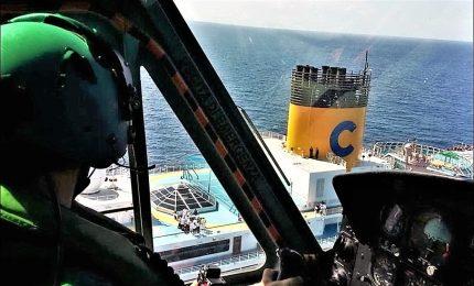 Come si fanno i salvataggi in mare? Il video dell'Aeronautica