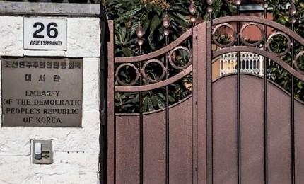 """Disertore all'ex ambasciatore nordcoreano a Roma: """"Amico vieni a Seul"""""""