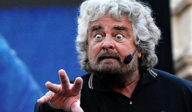 Grillo contro Salvini: lo manderei a calci al Viminale