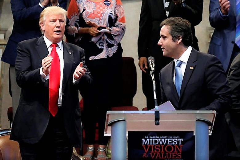 """Cohen rinvia deposizione a Congresso, """"minacce Trump"""""""