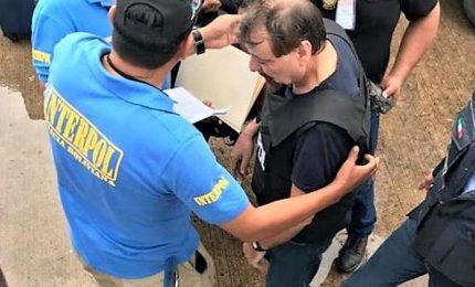 """Poliziotti e testimoni raccontano l'arresto di Battisti: """"Un uomo sconfitto"""""""