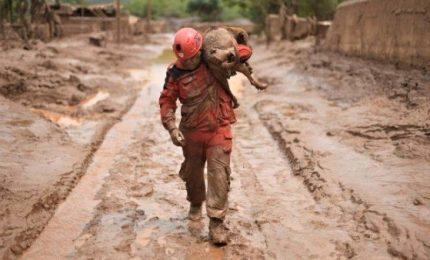 Crollo diga in Brasile, bilancio sale a 60 morti e 292 dispersi