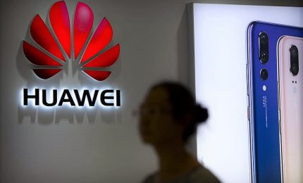 "Manager cinese Huawei arrestato in Polonia: ""E' una spia"""