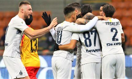 Goleada Inter, Benevento ko nel silenzio