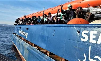 "Sea Watch rifiuta approdo Libia. E Salvini: ""Ne risponderà"""