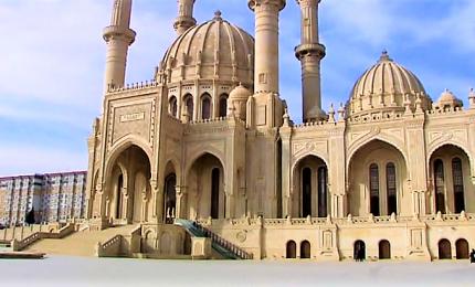 A Baku, sotto il segno della tolleranza religiosa