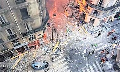 Esplosione panetteria a Parigi, salgono a quattro le vittime