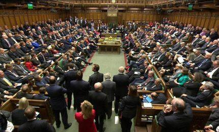 Brexit, parlamento tenta di mettersi al comando delle manovre