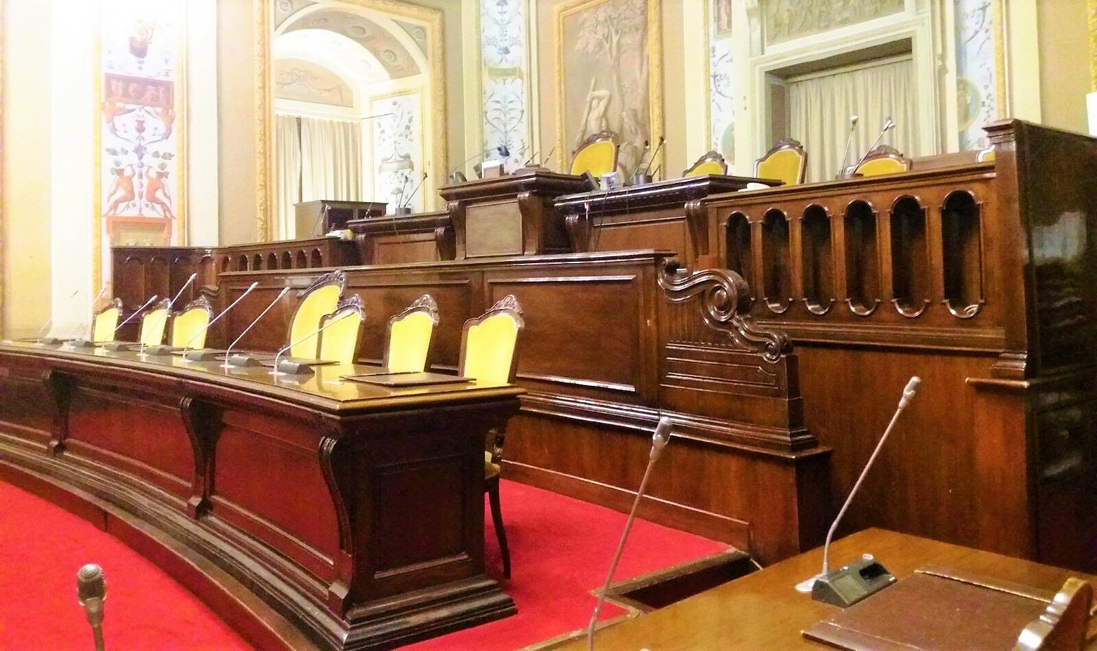 """Parlamento siciliano, entra in vigore il codice etico: """"Divieto clientelismo"""""""