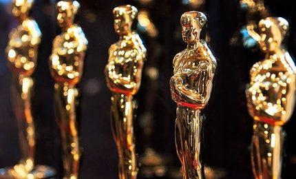 """Oscar """"minori"""" durante la pubblicità, è bufera"""