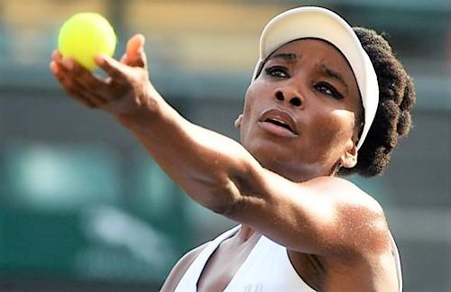 Venus Williams primo sprint del 2019, battuta la bielorussa Victoria Azarenka