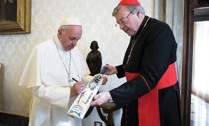 Pedofilia, Papa proibisce al cardinale Pell contatto con minori