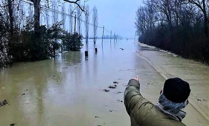 Neve, nubifragi e allerta frane: sei militari in ospedale e evacuate oltre 200 persone