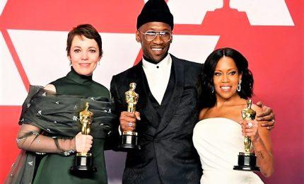 """Premio Oscar, finale a sorpresa con trionfo di """"Green Book"""" e Olivia Colman"""