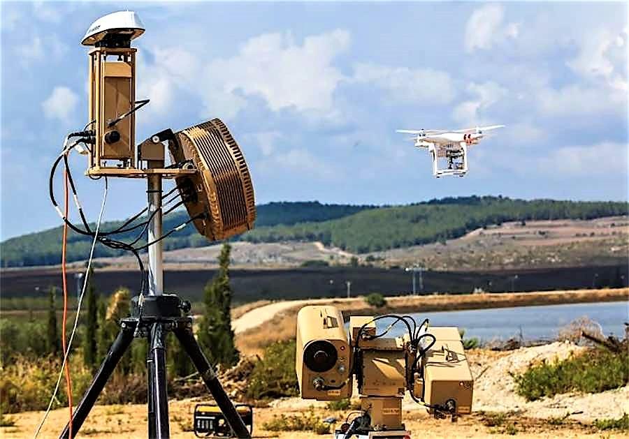 In Irlanda resta l'allarme dopo intrusione drone