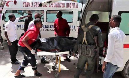 Somalia, almeno 9 morti nell'attentato a Mogadiscio