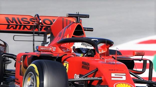"""Guasto Ferrari e Vettel va dritto """"fuori controllo"""""""