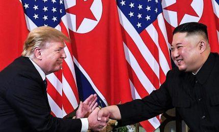 Vietnam, stretta di mano Trump-Kim: al via il summit ad Hanoi