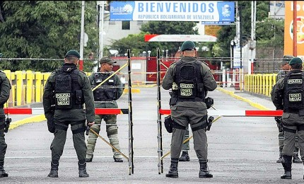 Nessun uso della forza in Venezuela, nuove sanzioni Usa. Pressing internazionale su Maduro