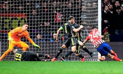 Juve frana a Madrid, affondata da due difensori