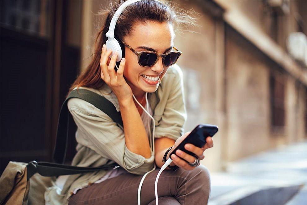 A rischio l'udito di un miliardo di giovani. Anche per la musica