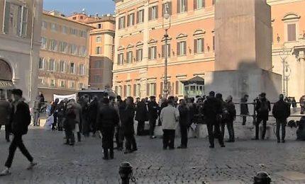 """Sì Tav, flashmob a piazza Montecitorio: """"Le risorse ci sono"""""""