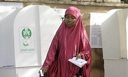 Nigeria, aperti seggi per presidenziali: esplosioni a Maiduguri