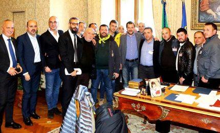 I pastori sardi da Salvini: l'obiettivo è 1 euro a litro di latte