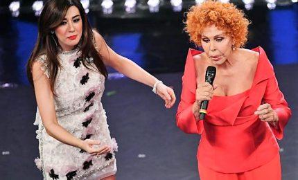 Ornella Vanoni-vs-Virginia Raffaele: mi fai passare per rimbambita